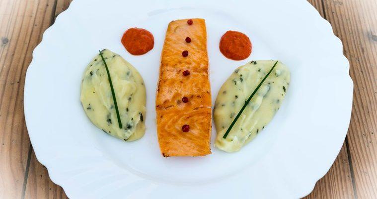 Plat de saumon et purée